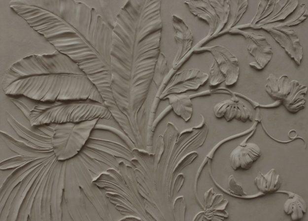 Floral-Bas-relief-sculpture-Scagliola-pigmentti