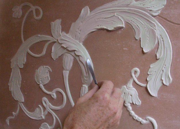 Bas-Relief-sculpture-Marmorino-Mascherone-motif-pigmentti