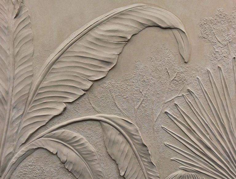 pigmentti-decorex-2018-scagliola-bas-relief-sculpture-jungle-banana-leaf
