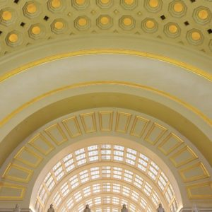 Ceiling-decoration-gold-leaf-Manetti-interior-design-pigmentti