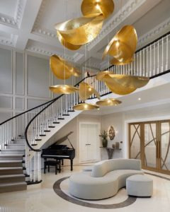 laura-hammett-statement-lighting-interior-design