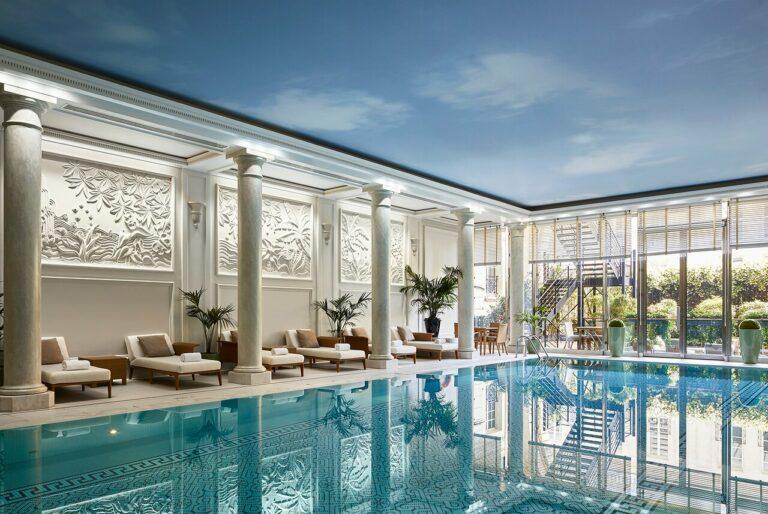 artistic-pool-designs-paris